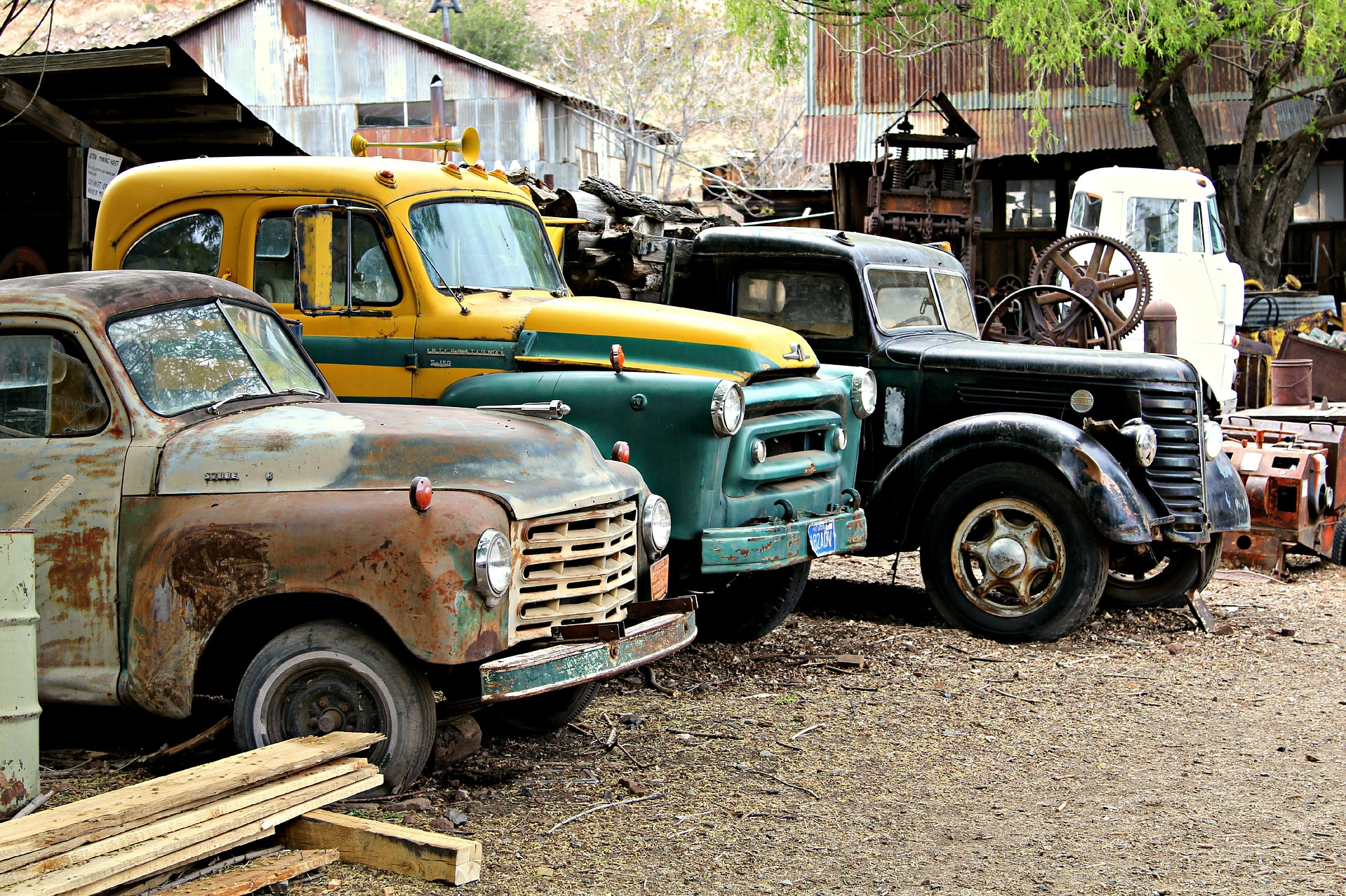 Car scrap yards near Salem MA