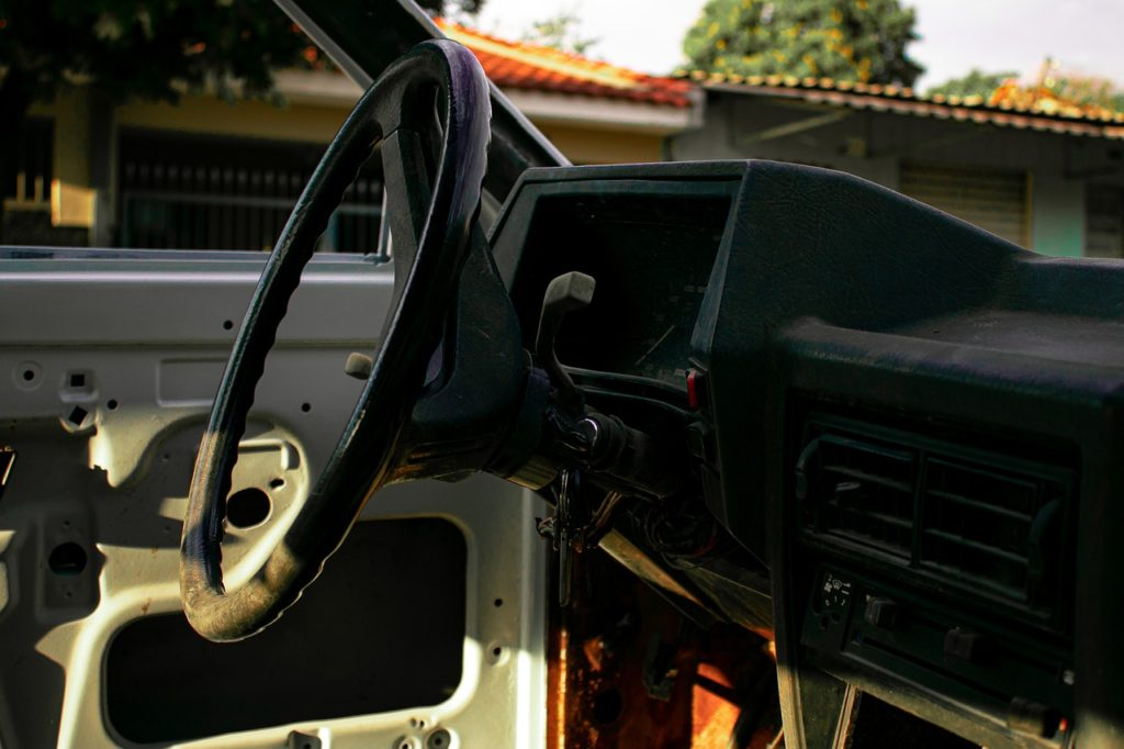 Get Rid of Old car near Saugus MA